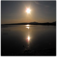 Reflet (Lara-queen) Tags: sun lake canada reflection nature canon soleil quebec magog lac reflet memphremagog fantasticnature quynhvu saariysqualitypictures laraqueen rememberthatmomentlevel1