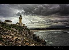 Faro de Avils (pacomol) Tags: espaa lighthouse faro spain asturias avils gozn oltusfotos mygearandme mygearandmepremium mygearandmebronze mygearandmesilver mygearandmegold mygearandmeplatinum artistoftheyearlevel4 artistoftheyearlevel5 artistoftheyearlevel6