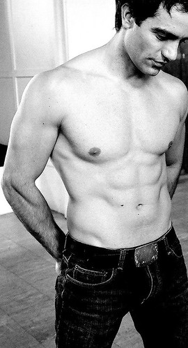 shirtlessramin