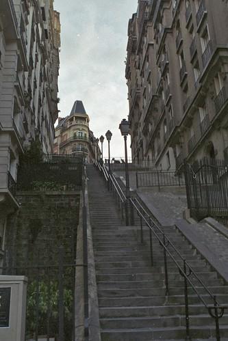 ParisR06F03