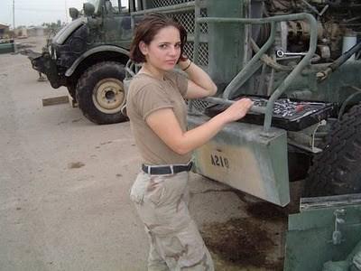 Military_Women_47