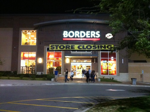 Borders closing