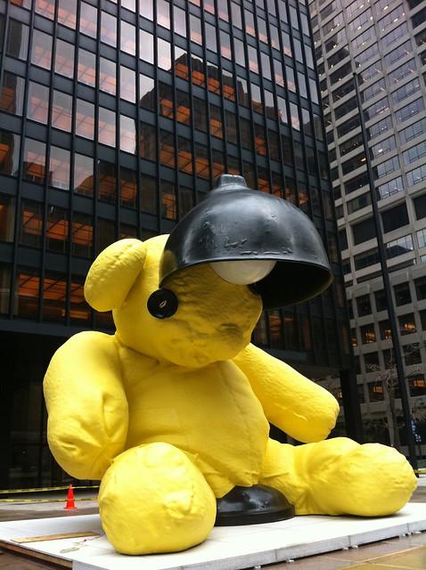 Fischer Bear/Lamp, Seagram Plaza