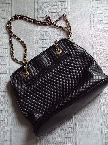 Quilted Purse with Chain