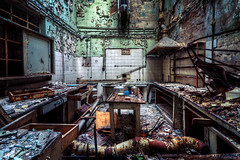 Welcome to devils kitchen (David Pinzer) Tags: abandoned kitchen decay chemistry laboratory derelict decayed urbex