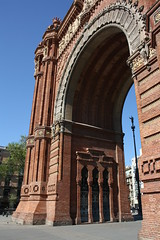 "Triumfbågen / Arc de Triomf, Barcelona • <a style=""font-size:0.8em;"" href=""http://www.flickr.com/photos/23564737@N07/5627813525/"" target=""_blank"">View on Flickr</a>"