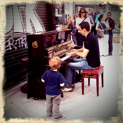 Spring in Paris, when days last longer and pianists play in the street