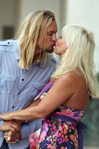 linda hogan engaged. 0728-linda-hogan-engaged-00