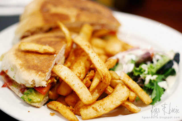 Club Sandwich, Naggy's