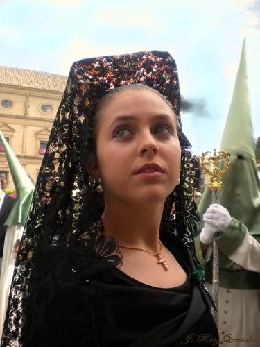 Mujer  de mantilla en la Oración ......