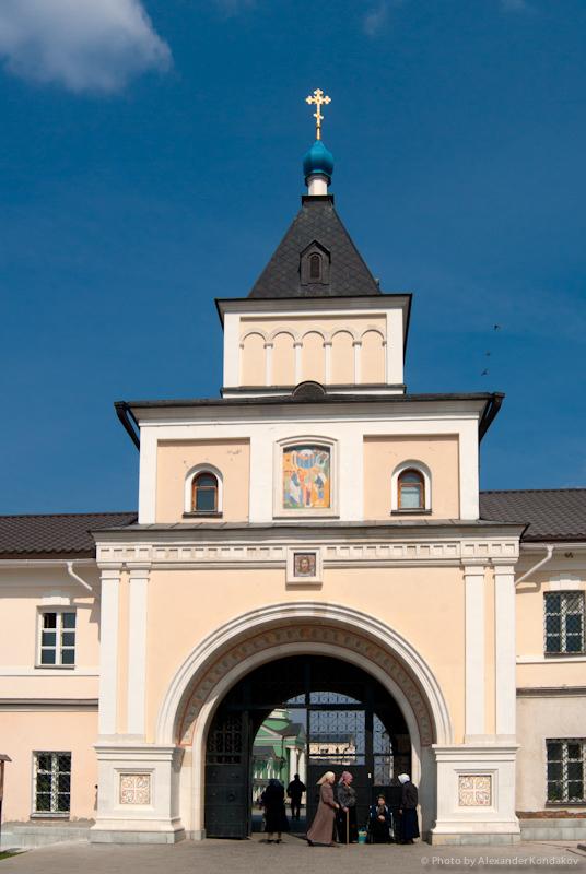 Optina Pustyn Monastery 2011 © Photo by Alexander Kondakov