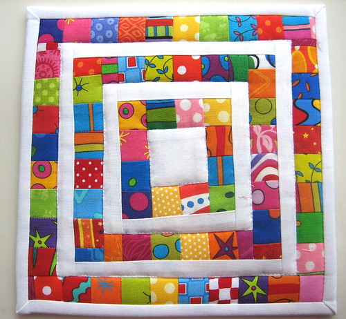 Lots of Pieces Mug Rug