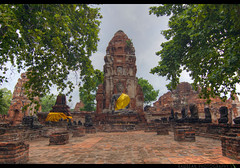 TH-048 (Rawbean Laden) Tags: thailand buddha ayutthaya watmahatat templeruin