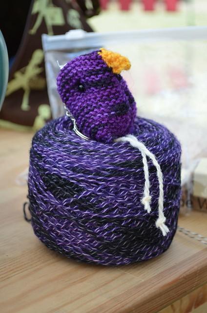 Frau Wo aus Po sock yarn
