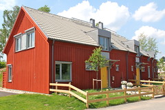 Passive House - jersj III (hansn (2 Million Views)) Tags: red architecture modern europa europe sweden contemporary architect sverige brf arkitektur falurd rd partille arkitekt lowenergy lgenergi passivhus abako bostadsrttsfrening jersj passivhouse ojersjo abakoarkitektkontor tenantownerssociety