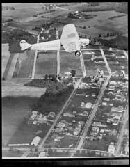 Old Glory flying over Long Island (Boston Public Library) Tags: airplane aircraft aviation hill longisland jameshill aviator aviators payne oldglory fokker fvii lesliejones 4899 philippayne fokkerfviia bertaud fokkeraircraft fokkerf7 jdhill nx703 fokkerfvii fviia fokkerf7a lloydbertaud jamesdewitthill fokkerfviia1m fviia1m jamesdhill cn4899 fokkerf7a1m f7a1m