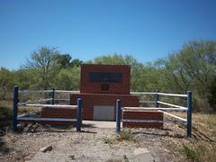 Fairview School Memorial, Burkburnett, Texas (fables98) Tags: texas country historic ghosttown redriver bridgetown oilfield boomtown oilboom texasstateline texashistoricalmarker burkburnett wichitacounty therecieverbridge