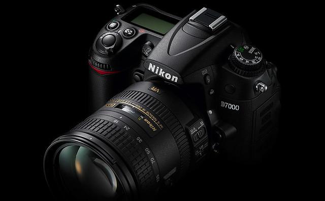 Nikon+D7000+1