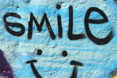 Smile! (ToGa Wanderings) Tags: california venice summer usa west beach smile face sign wall writing photography graffiti coast los mural angeles culture american smilely