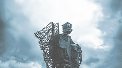 ngl (umovskij) Tags: russia moscow eosm canon sky robot museon