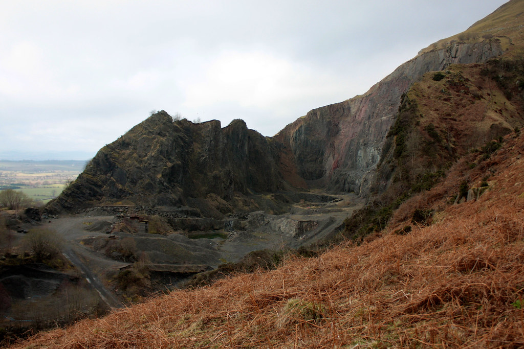 Quarry above Tillicoultry