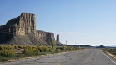 2010-3001 Utah (State Route 24) (Stefaan (van Eric)) Tags: road usa drive utah us ut state scenic 11 route vista 24 vs vistas vsa sr weg 2010 scenicbyway hanksville sr11 utahhighway24 utahstateroute24