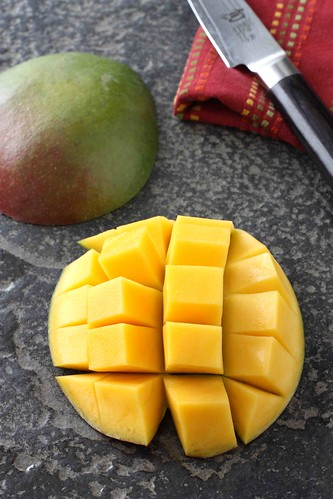 How to: Cut a Mango Tutorial