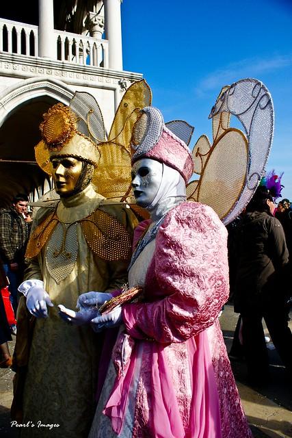 傳統威尼斯嘉年華裝扮
