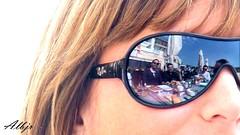Comida de Empresa (Alberto Jiménez Rey) Tags: santa sun sol lunch puerto glasses mirror maria sony cristina comida cybershot el alberto reflejo rey gafas rayban empresa jimenez rodero flickraward dsct200 albjr ayudat