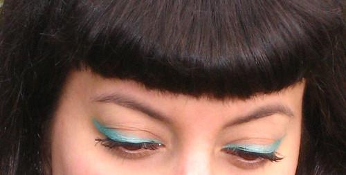 aqua eyeliner close up