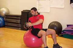 Abdominal Crunch with Oblique Twist 2