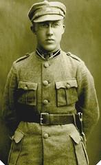 Pince-nez   Young Latvian Soldier c 1920's post card portrait (pince_nez2008) Tags: soldier glasses eyeglasses rimless pincenez noseclip pinchnose fingerpiece