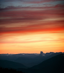 Mont Aiguille (Philipp Klinger Photography) Tags: trip light sunset shadow red vacation sky orange mountain holiday ski fra