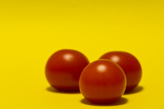 too red (Daniel Kulinski) Tags: life red food macro kitchen make yellow closeup tomato still image zoom drink 10 cook evil samsung eat ten hungry feed approach fare prepare closer forage boil nourishment nx poach seethe aliment foodeat samsungimaging nx10 samsungnx10 approximatin