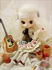 Love and Peace (Paula ~) Tags: red brown white cute doll guitar folk stock cream dal mohair dotori