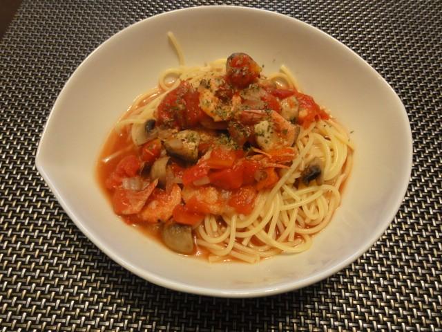 2011年4月9日 昼食(海老とマッシュルームのトマトスープスパゲティ)