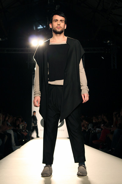 fashionarchitect.net_sotiris_georgiou_multidimensional_aw2011-12_08