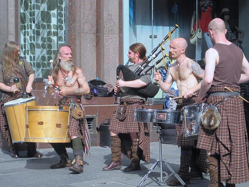 Scary pipe band (Glasgow) 2