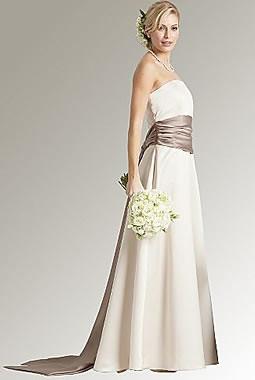dicas de vestidos simples para noivas