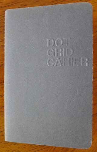 Behance Dot Grid Cahier Cover