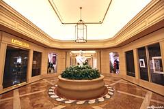 Caesars Palace Hotel - Las Vegas (naldomundim) Tags: las vegas usa america canon hot