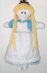 Alice_02 (pudim_de_pano) Tags: artesanato avental bonecadepano costura moldes portafraldas bolsatecido