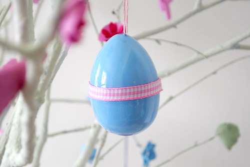 Hand-painted Easter surprise eggs!