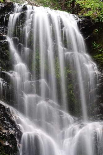 Upper Berry Creek Falls by dmourati