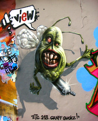 The Green Thing (ViewOne) Tags: one view character basel etc graff 213 suckz