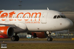 G-EZBW - 3134 - Easyjet - Airbus A319-111 - Luton - 110117 - Steven Gray - IMG_8067