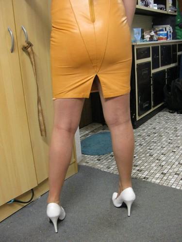 lether-skirt-fetish