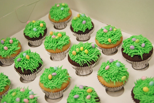 Easter mini cupcakes - grass topped with eggs