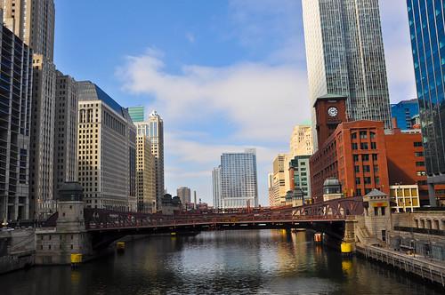Vista desde el puente que cruza junto a House of Blues
