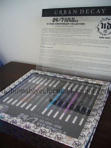 Urban Decay 15th Anniversary 24/7 eye pencil set